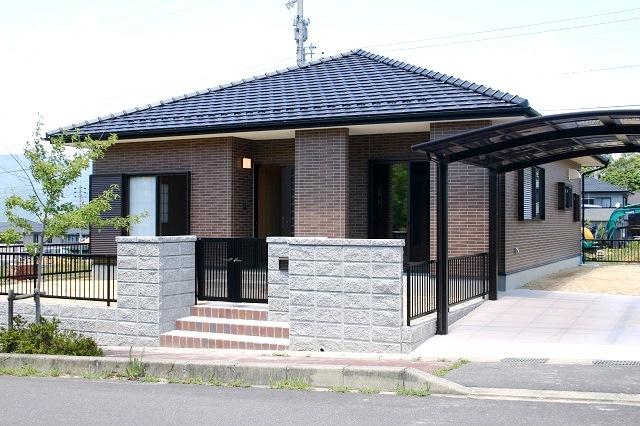 岐阜県恵那市にバリアフリーでコンパクトな平屋建て住宅を建築しました。 ... 恵那市 木造平屋建
